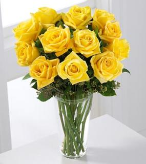 A Dozen Long Stem Yellow Rose Bouquet